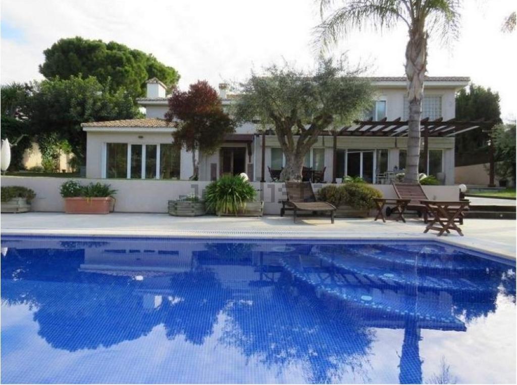 Villa de lujo mansion espa a val ncia paterna venta for Villas de lujo en madrid